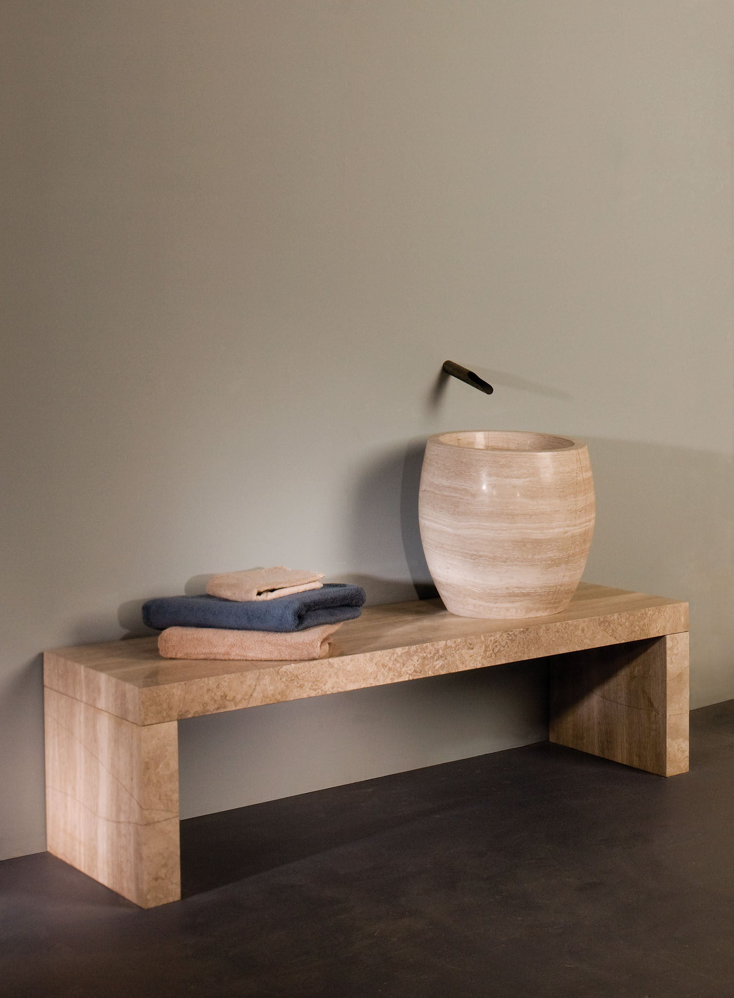 Siena Banco Shower Bench – Stone Forest