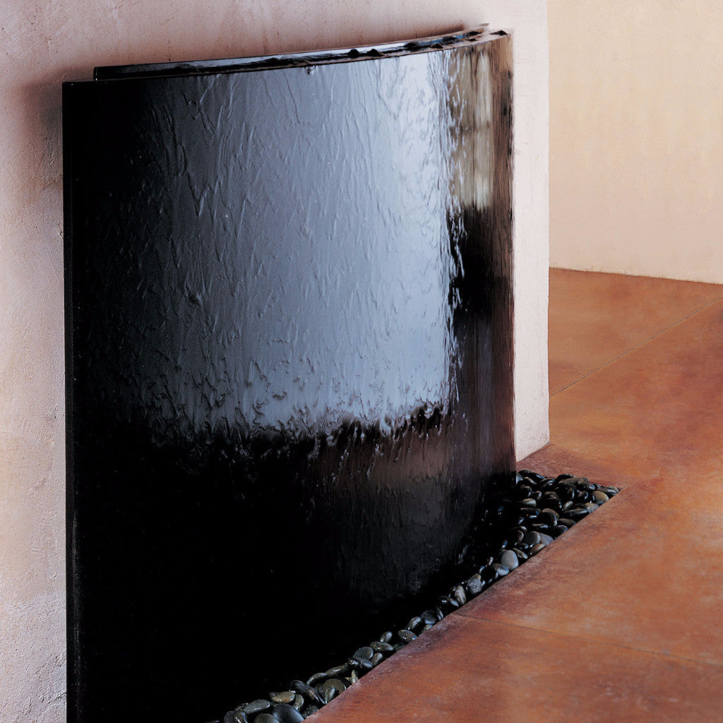 Curved Waterwall, Black Granite