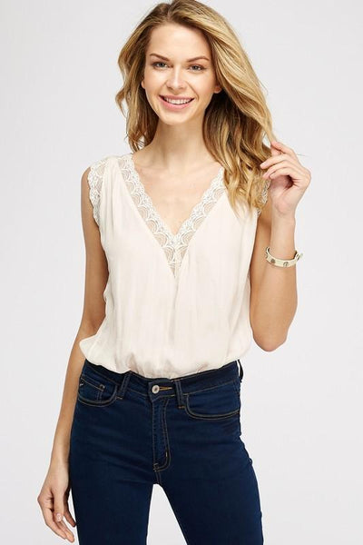 Cream Plunging V-Neck Lace Bodysuit - THE WEARHOUSE