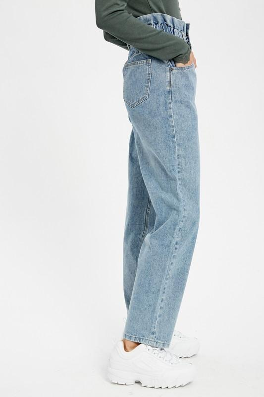 Violet Vintage High Wisted Jeans - THE WEARHOUSE