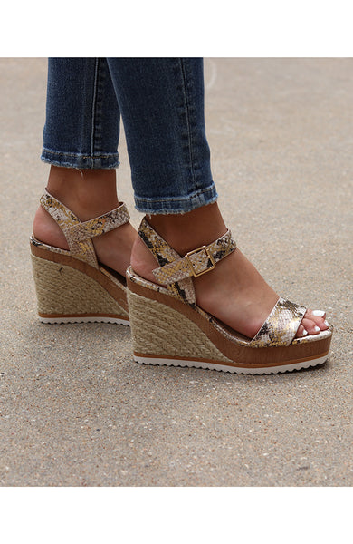 Gold Speckled Reptile Wedge