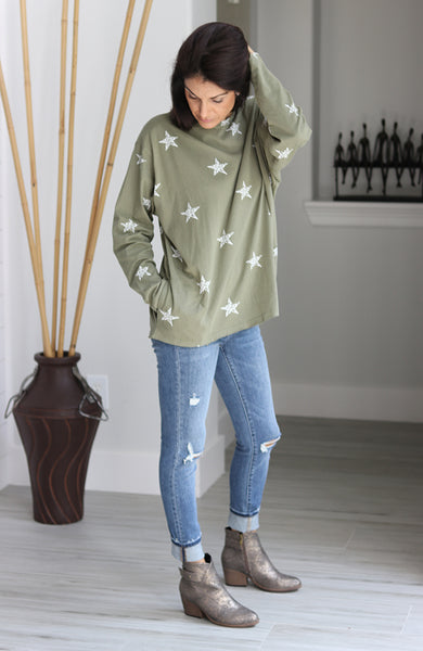 Olive Star Top with Pockets