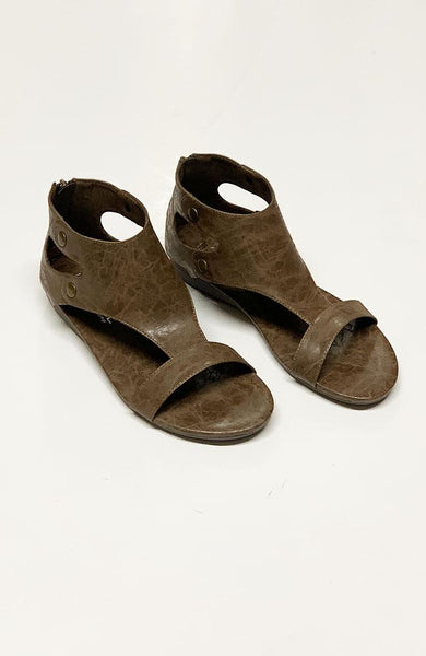 Becca Brown Sandals - THE WEARHOUSE