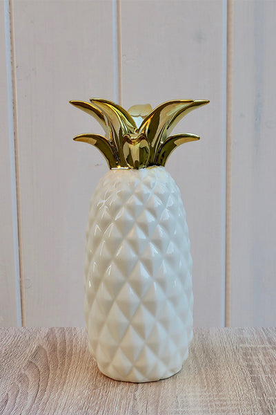 White & Gold Pineapple Vase - THE WEARHOUSE
