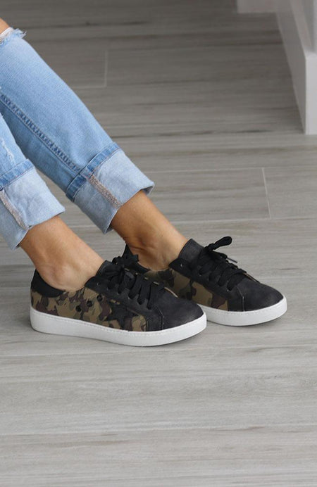 Lola Low Top Reptile Sneakers