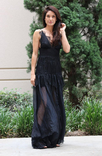 Black Delicate Chiffon Lace Gown