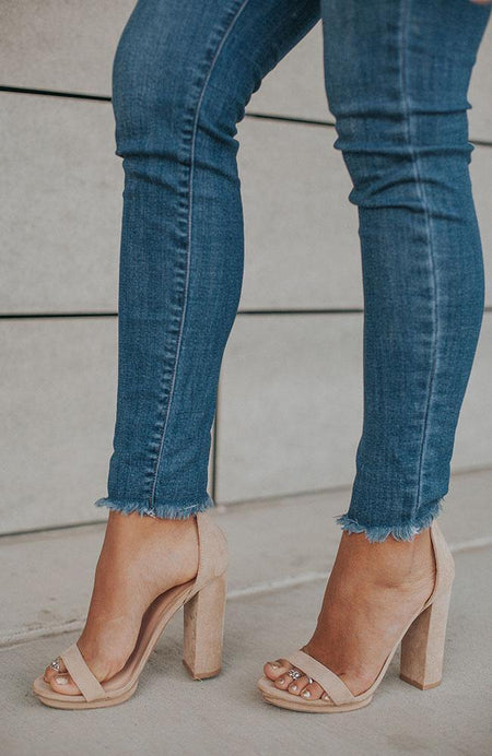 The Shannon Pearl Medium Wash Jeans