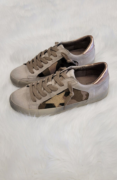 Camouflage Gold Star Weekender Sneakers