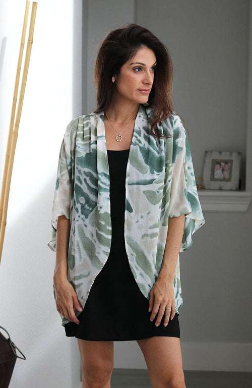 Green Tie-Dye Printed Two Tone Pleated Kimono