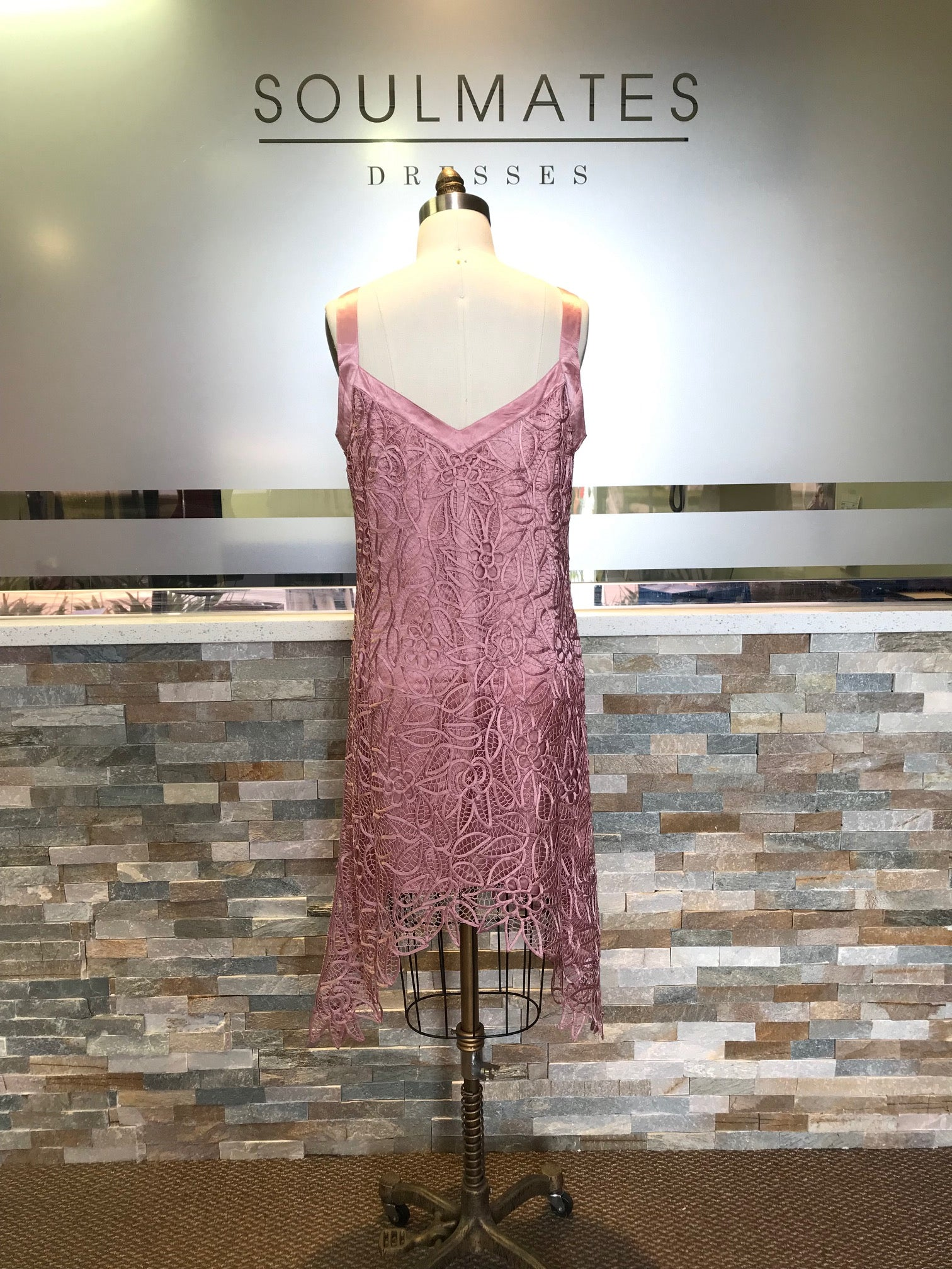 FASHION VNECK CROCHET LACE PINK PARTY DRESS