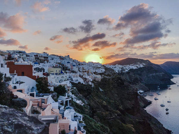 #FauxOnTheGo: Greece is the word