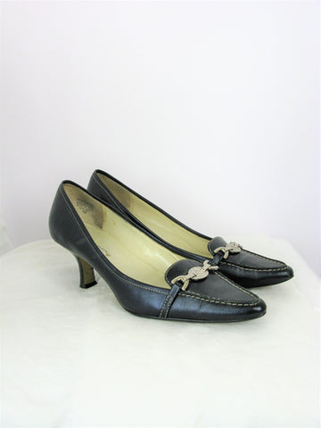 AK Anne Klein Spencer Navy Blue Pointy Toe Loafer Pump 7