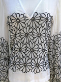 Vintage Sheer Cotton Poplin Daisy Embroidered BoHo Hippie Chic Top S - ruby & sofia