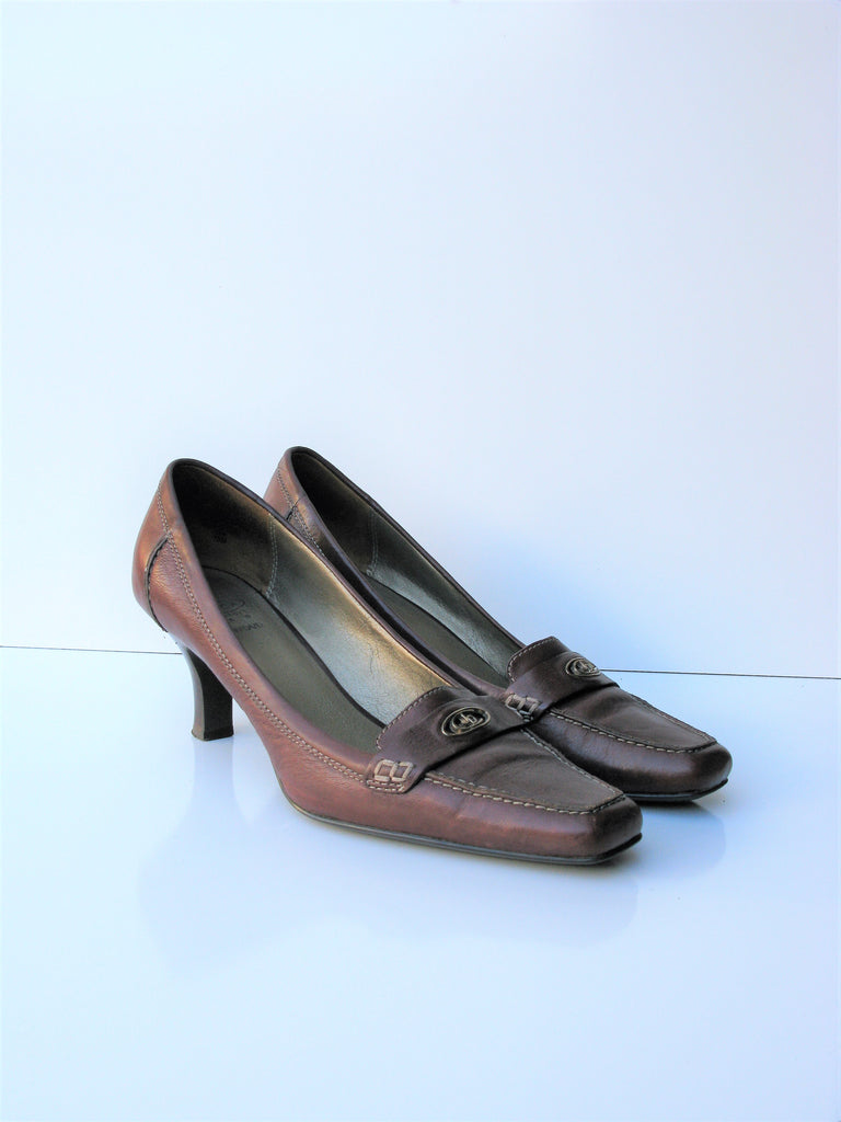 Circa by Joan & David Alvito Loafer Spool Heel Pumps 10