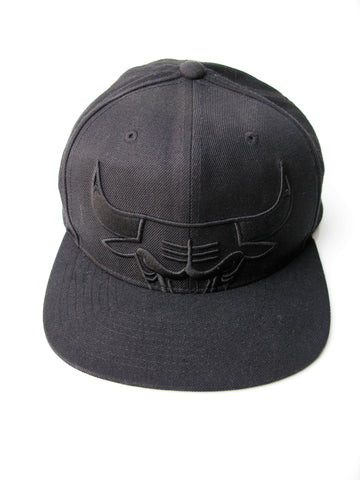 Mitchell & Ness Black on Black Chicago Bulls Logo Snapback Cap