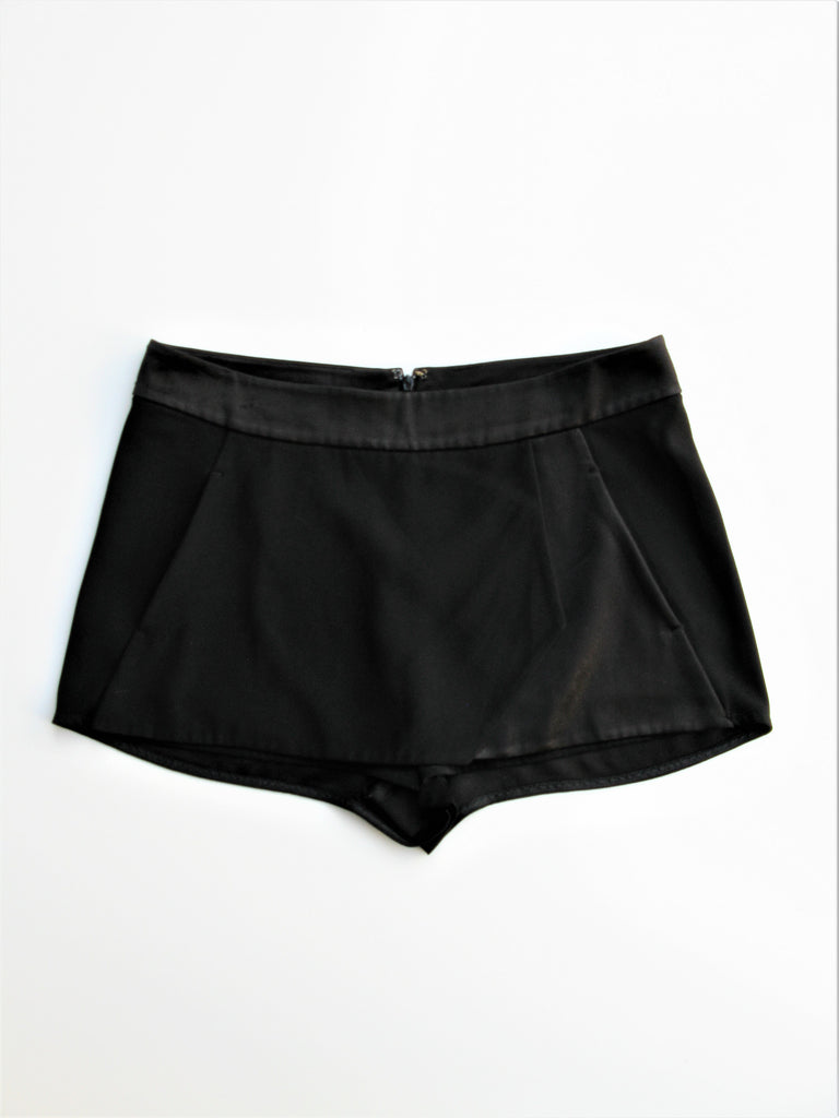 Intermix Tuxedo Styling Cocktail Club Skort S