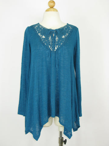 Wallpapher Slub Knit Crochet HiLo L/S Tunic Top S/M