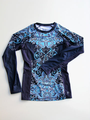 Athleta Blue Runaway Long Sleeve Paisley Top XXS