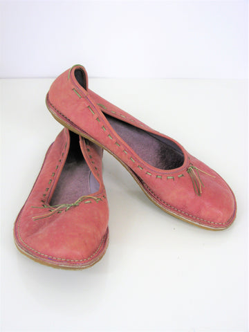 Camper Stitched Leather Ballet Flats 39