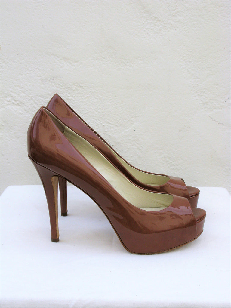 Barneys New York Very Privy Peep Toe Patent Pumps 8.5
