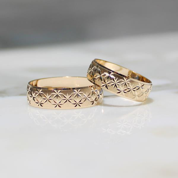 Wedding Band w/ Stars - 10K/14K