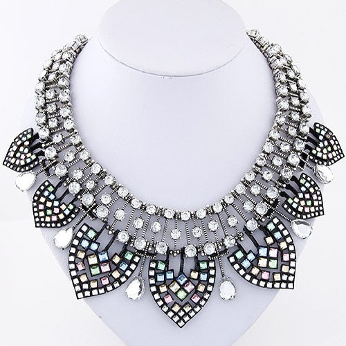 Luxury Short Necklace - My Glam Styles