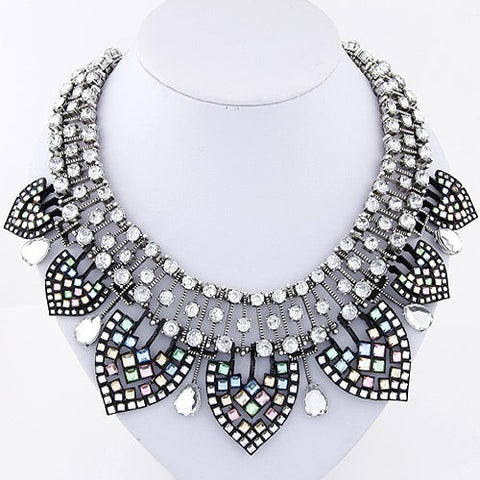 Luxury Short Necklace