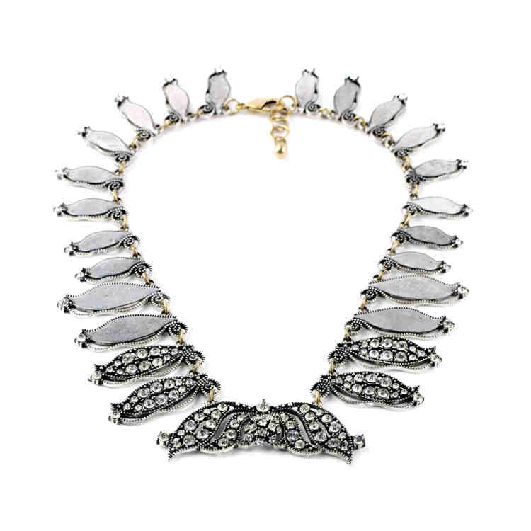 Feather Fashion Necklace - My Glam Styles  - 1