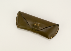 leather glasses case - green