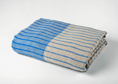 travel weight linen beach blanket - blue
