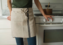 Load image into Gallery viewer, heavyweight solo black stripe half apron kitchen