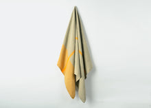 Load image into Gallery viewer, wholesale heavyweight t-pattern linen bath towel - yellow