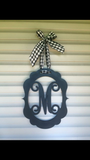 'Picture Frame oval monogram