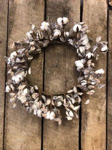 Julia Cotton Hull Wreath