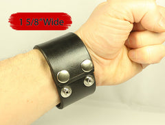 "1 5/8"" Wide Plain Black Leather Wristband"