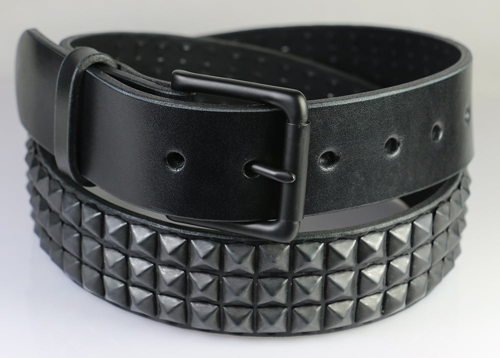Black Pyramids (3 rows), Matte Black Buckle,  Black Leather Belt 1.5""