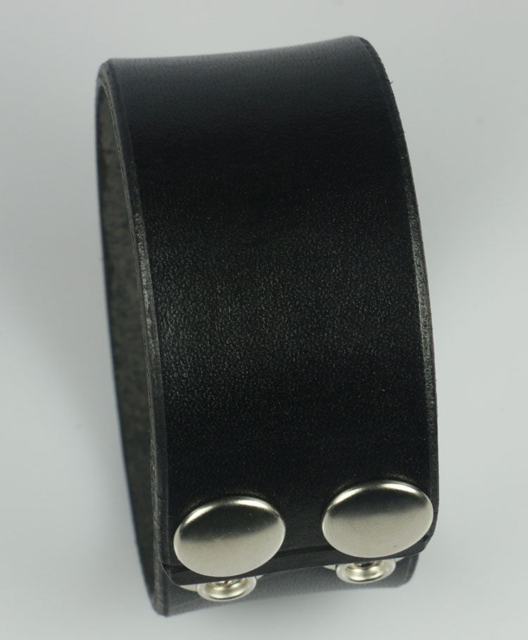 "1.25"" Wide Black Leather Wristband"