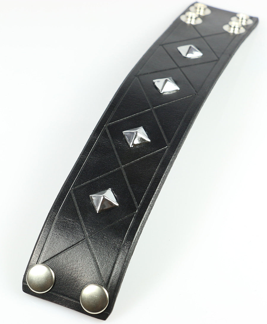 Quilted Pyramid Studded Wristband
