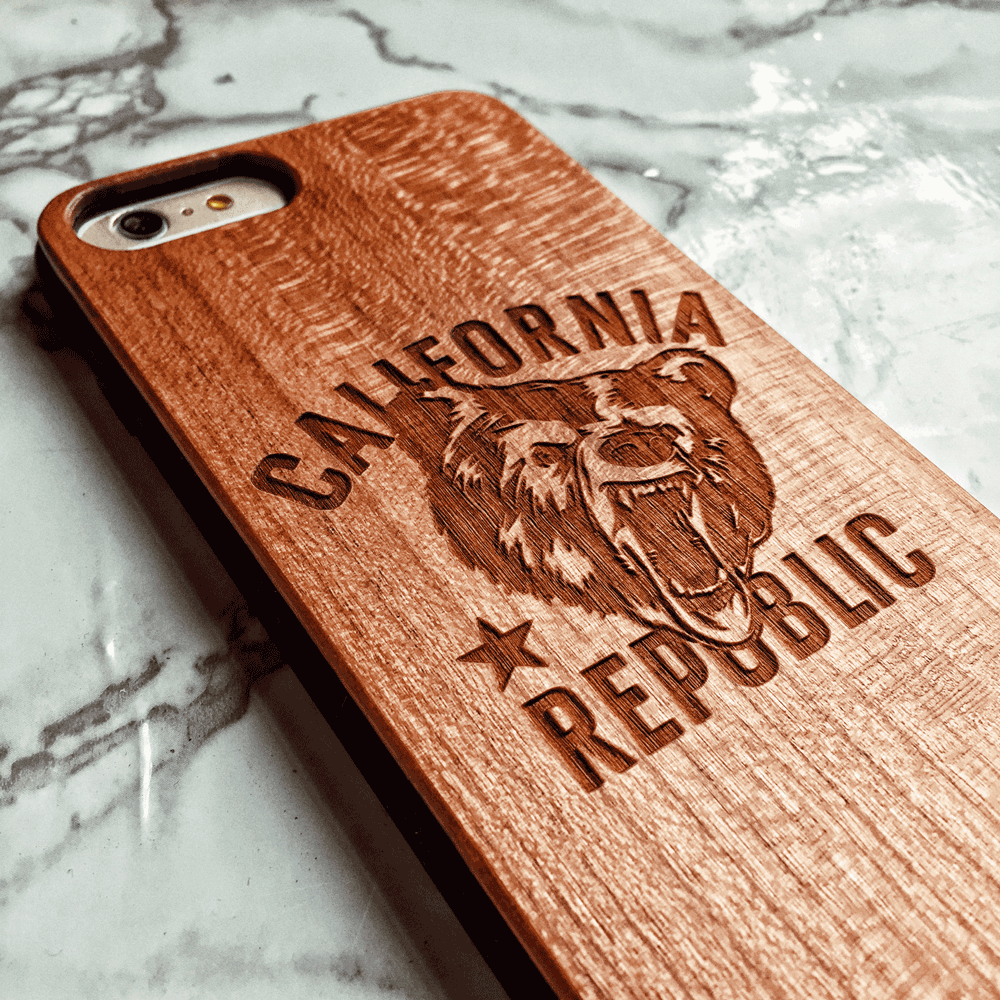 California Republic Bear - Wood Phone Case