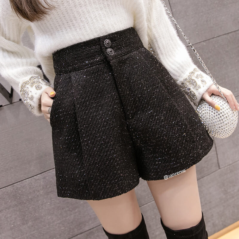 Black Woolen Shorts SE21181