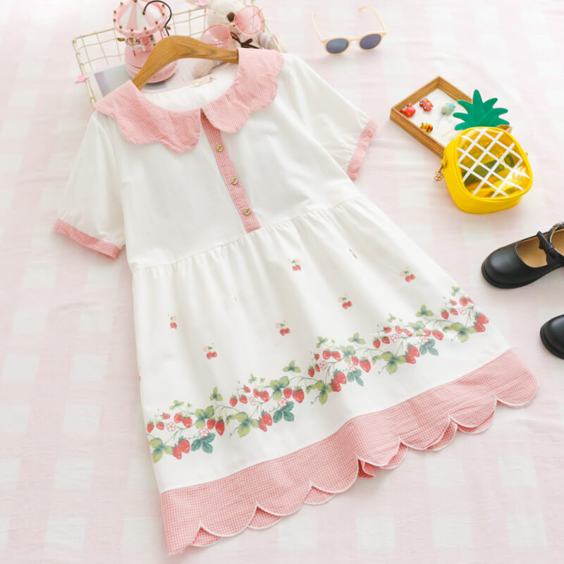 Japanese Strawberry Petal Dresses SE20381