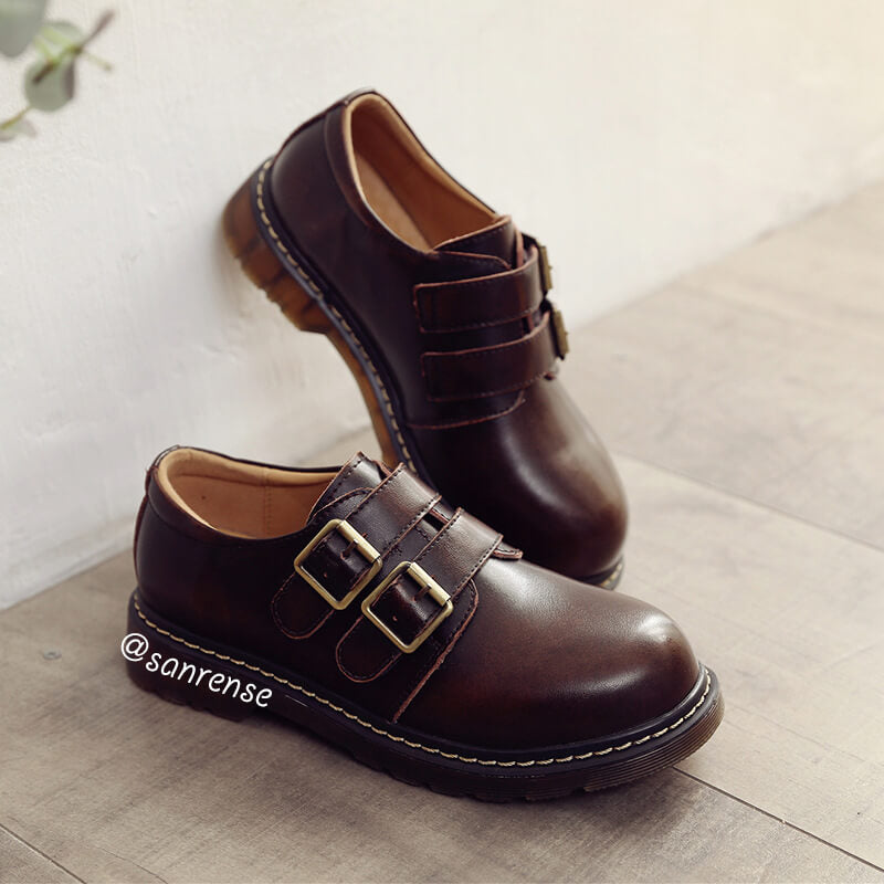 Retro Leather Buckle Student Shoes SE21030