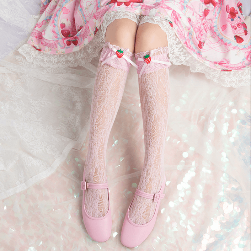 Strawberry Lace Bow Socks SE20572