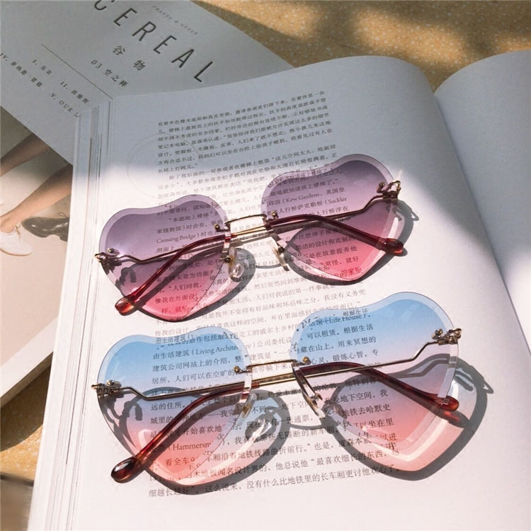 Gradient Heart-Shaped Glasses SE11363