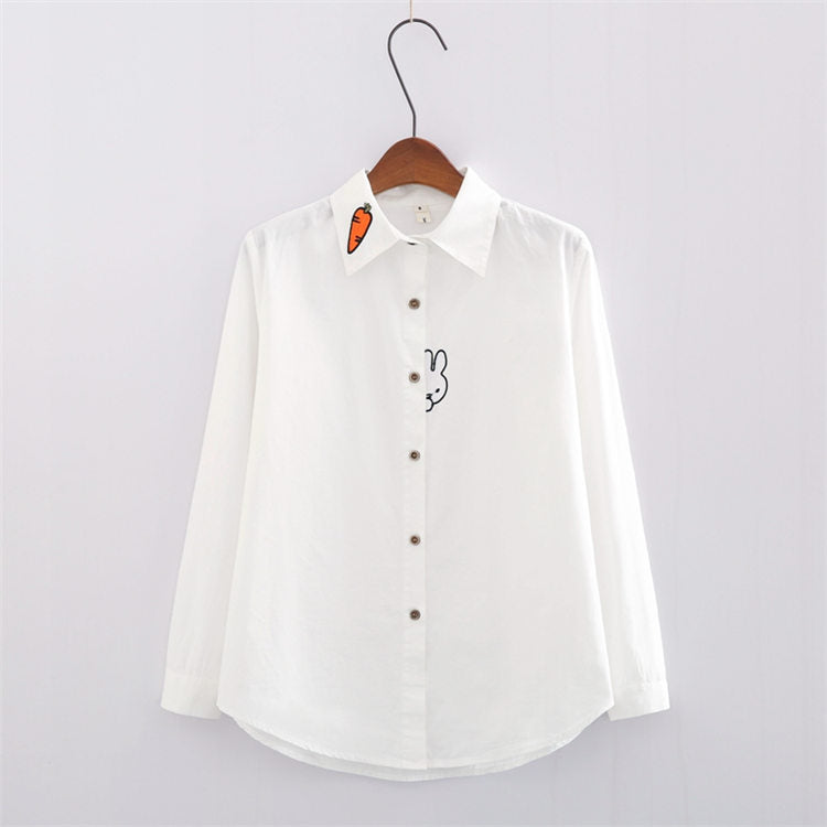 White/blue students carrot embroidered shirt SE10523