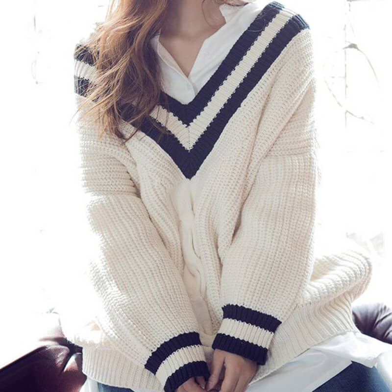 V-Neck Loose Striped Sweater SE20627