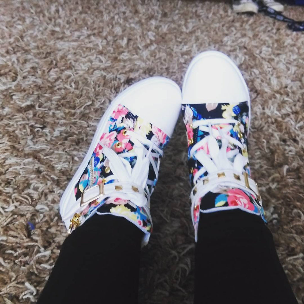 Floral canvas shoes review SE79
