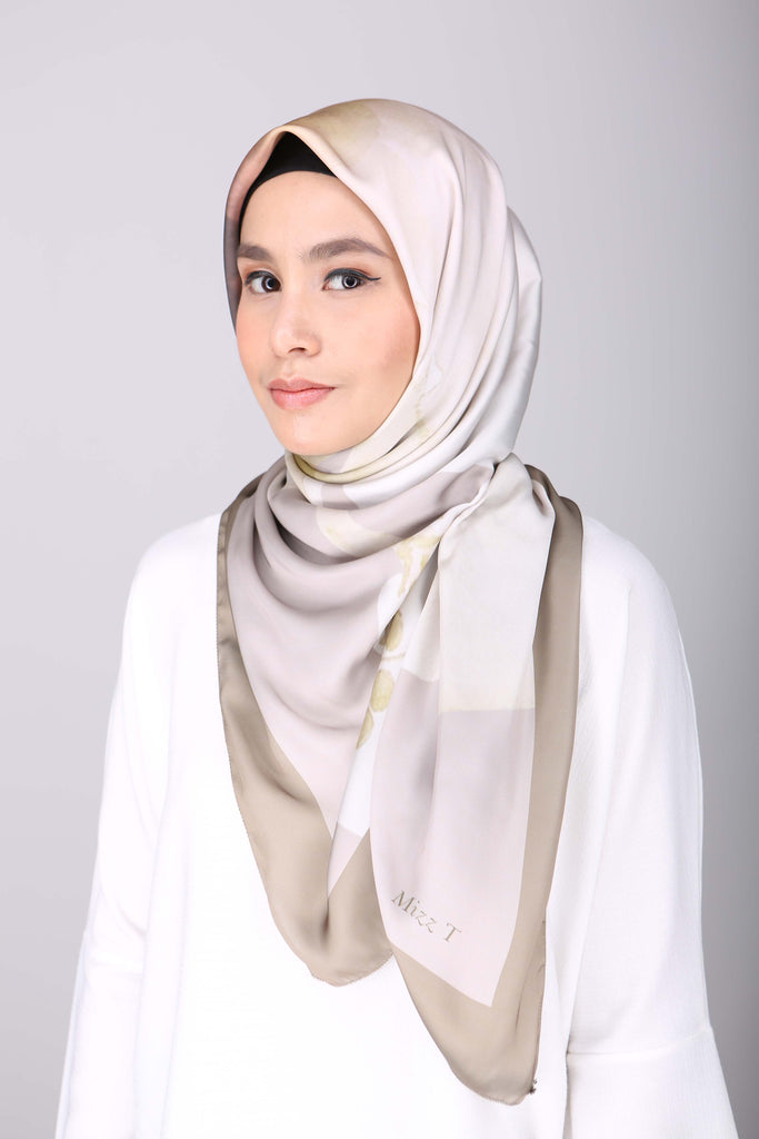 Hibiscus Bawal by MizzT