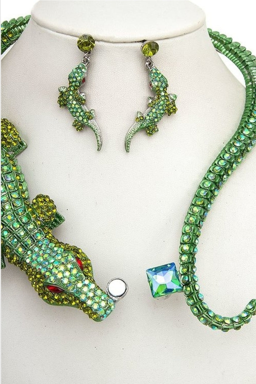 Crocodile Rhinestone Necklace Set