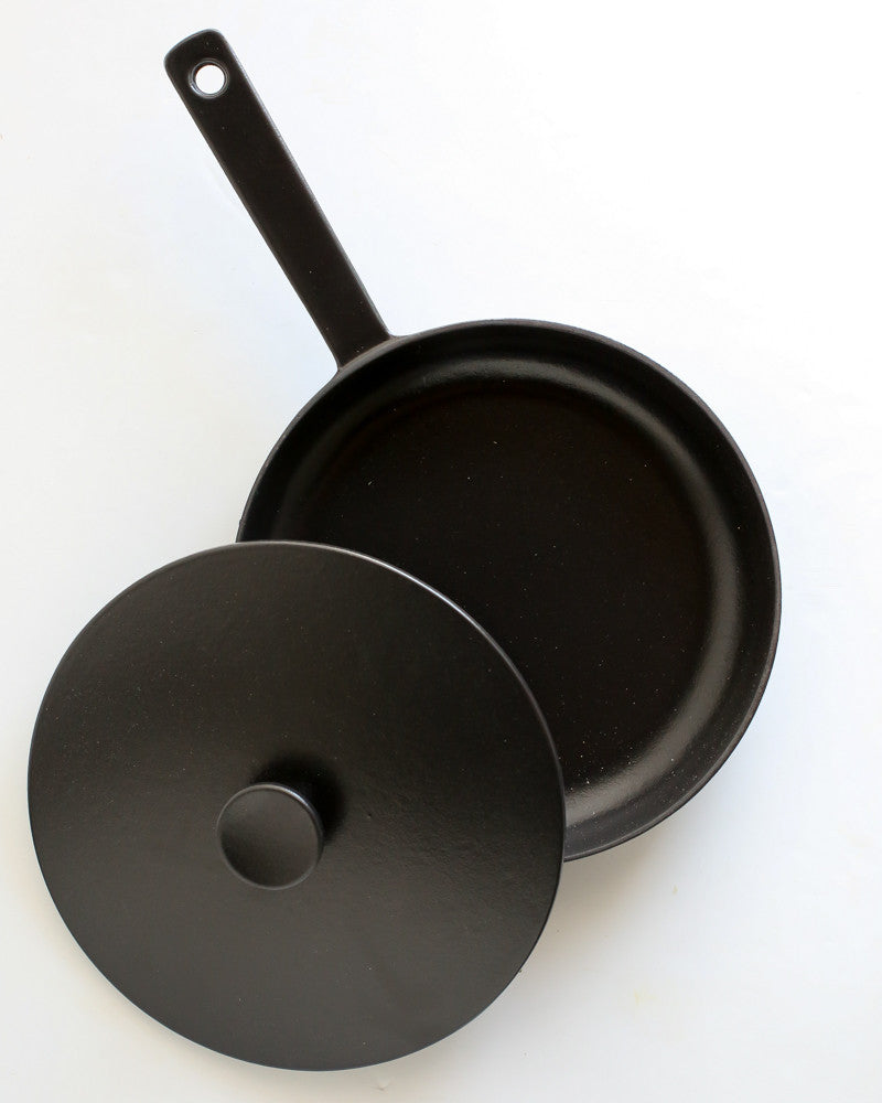 Crane Frying Pan w/ Lid